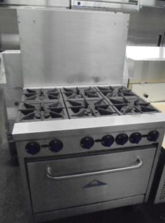 Castle R6 – Six Burner Range
